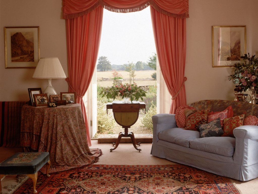 Living room curtains – 25 methods to add a taste of royalty to your living room