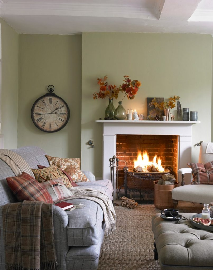 Small living room ideas – Make your small living room glow with these 10 enchanting decorating ideas