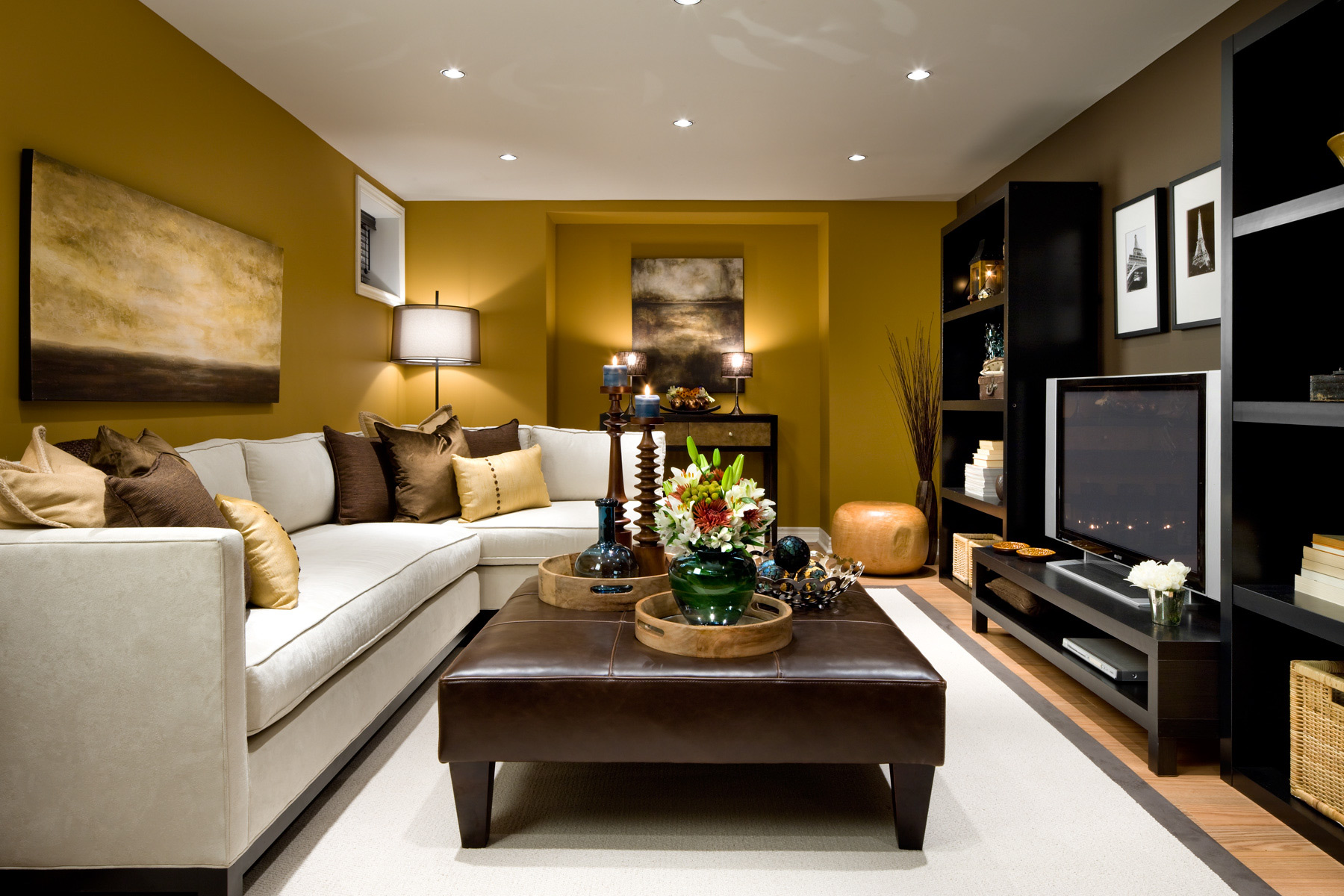Small living room ideas - Make your small living room glow with ...