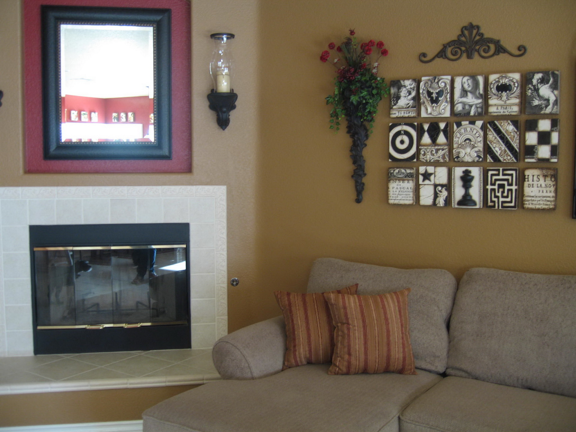 Shoe Your Sofa With Dagmar Black Wwwprettypegs Living Room. Another ... Part 43