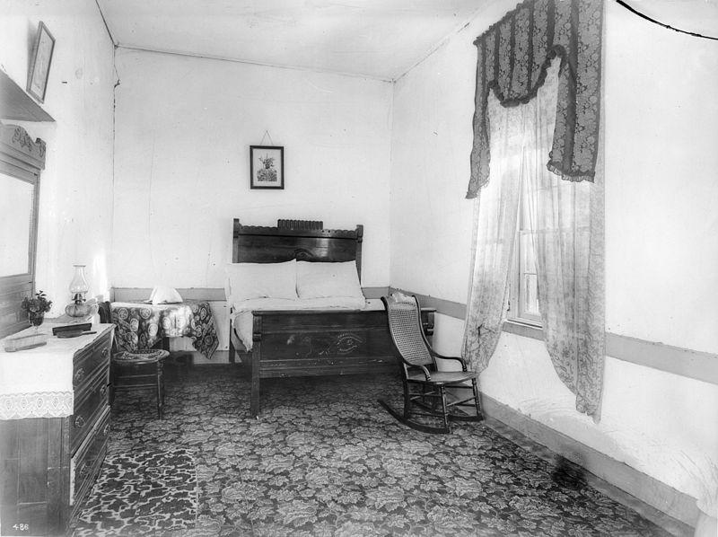Bedroom in Camulos Ranch