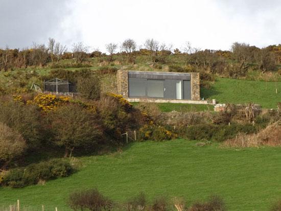 Eco House in Hillside