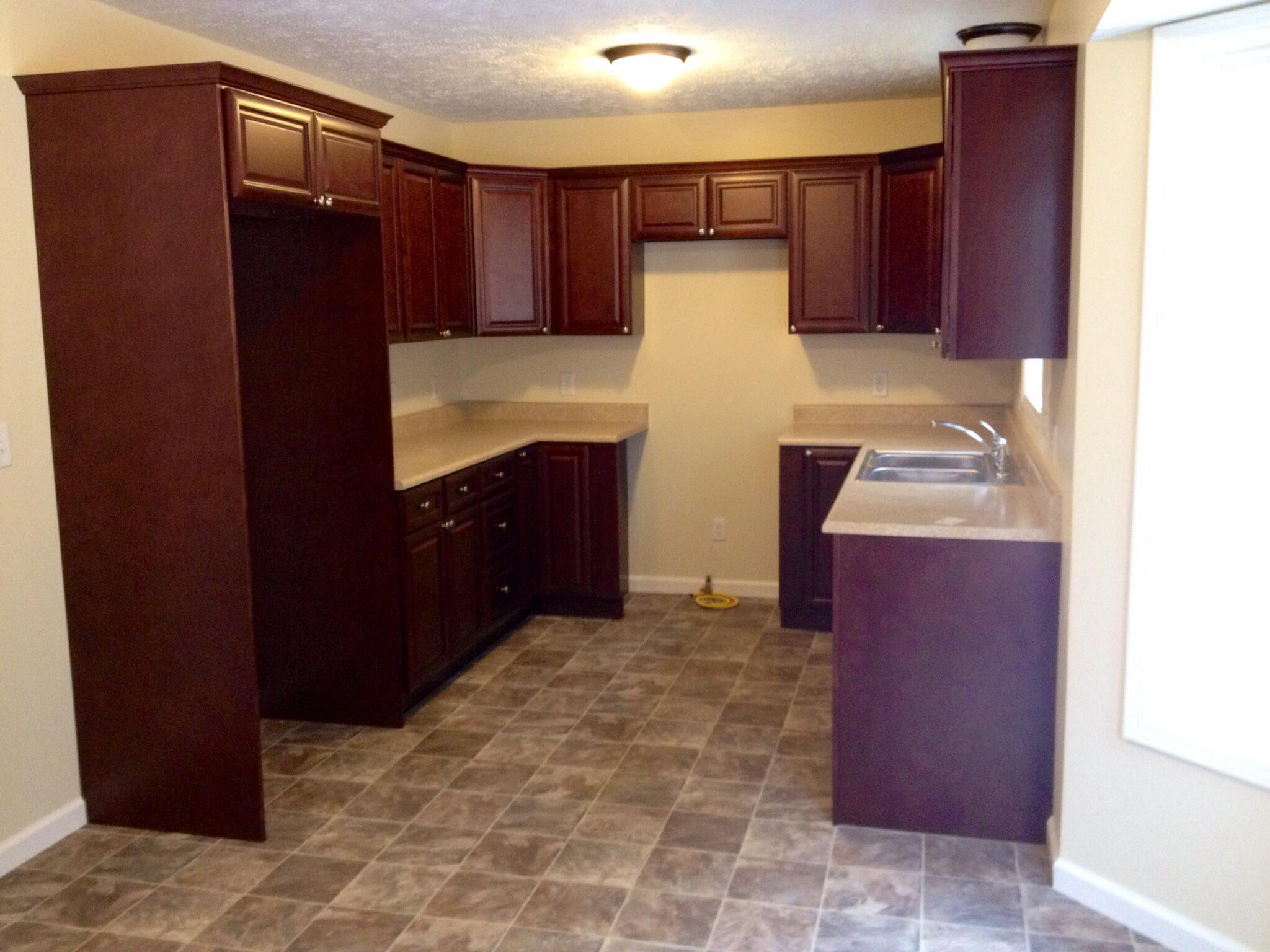 10 x 10 u shaped kitchen photo - 2
