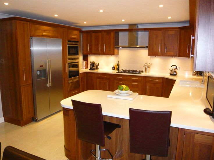 10 x 10 u shaped kitchen photo - 3