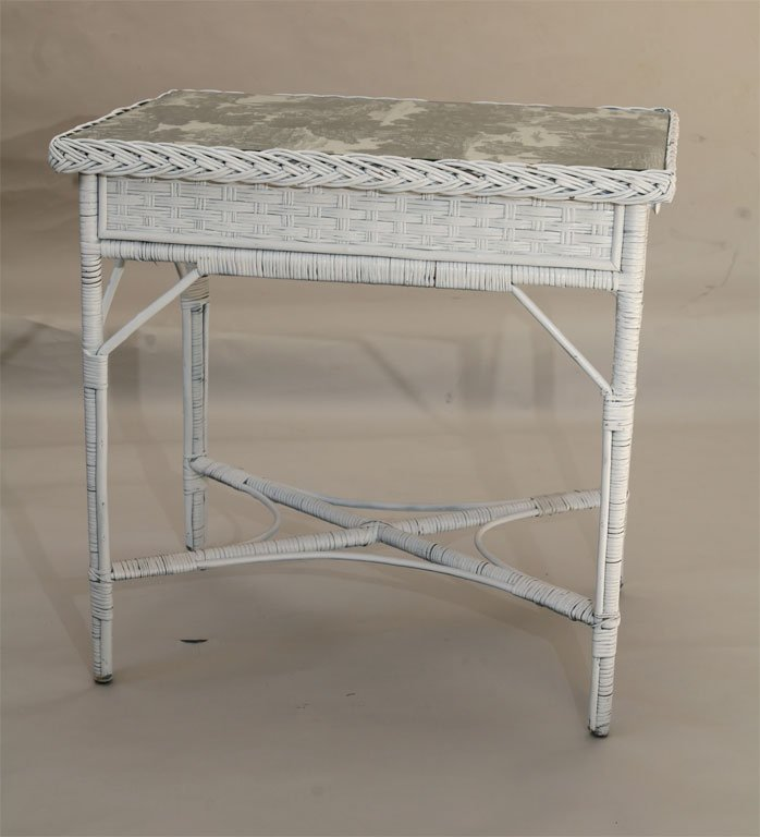 Bar Harbor Outdoor Wicker Accent Table photo - 10