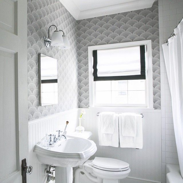Black And White Wallpaper For Bathrooms Photo   3