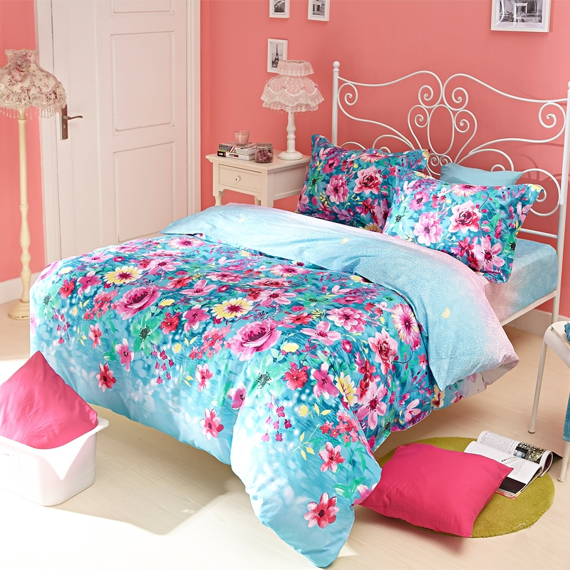 Blue and Pink Bedroom photo - 10