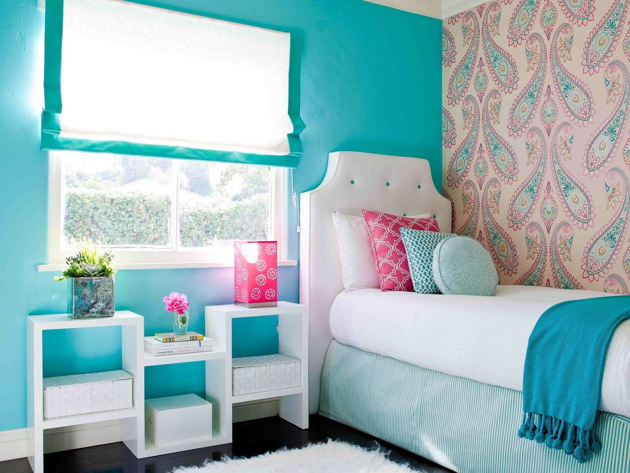 Blue and Pink Bedroom photo - 4