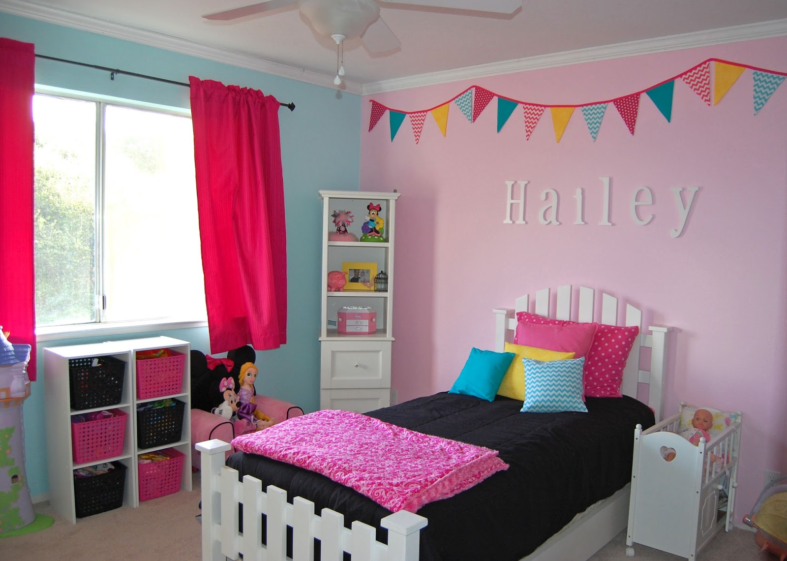 Blue and Pink Bedroom photo - 7