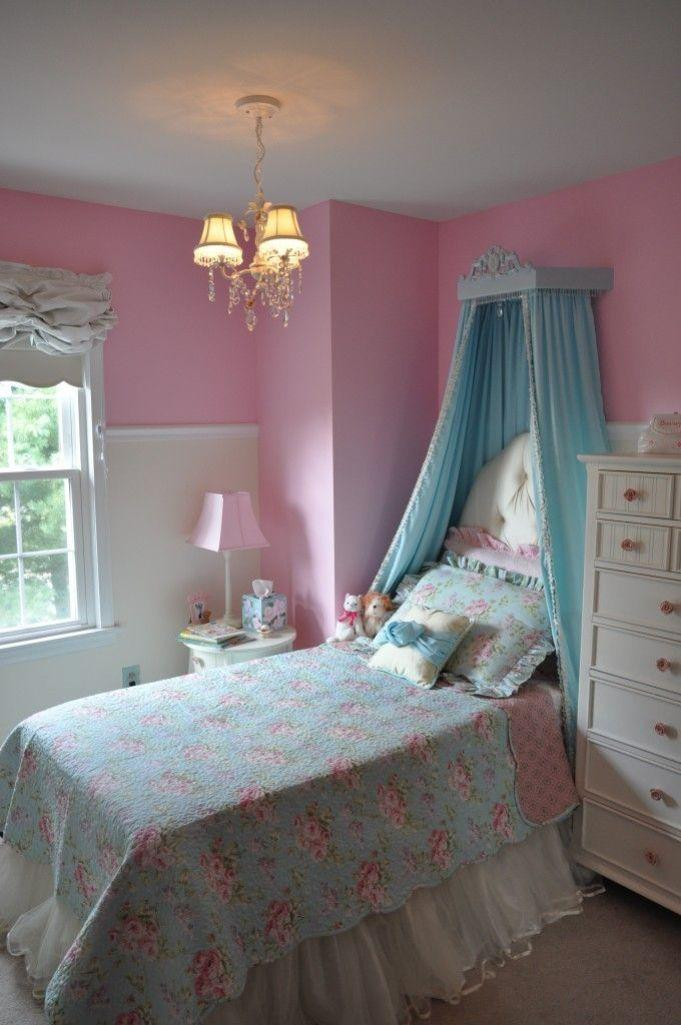Blue and Pink Bedroom photo - 8