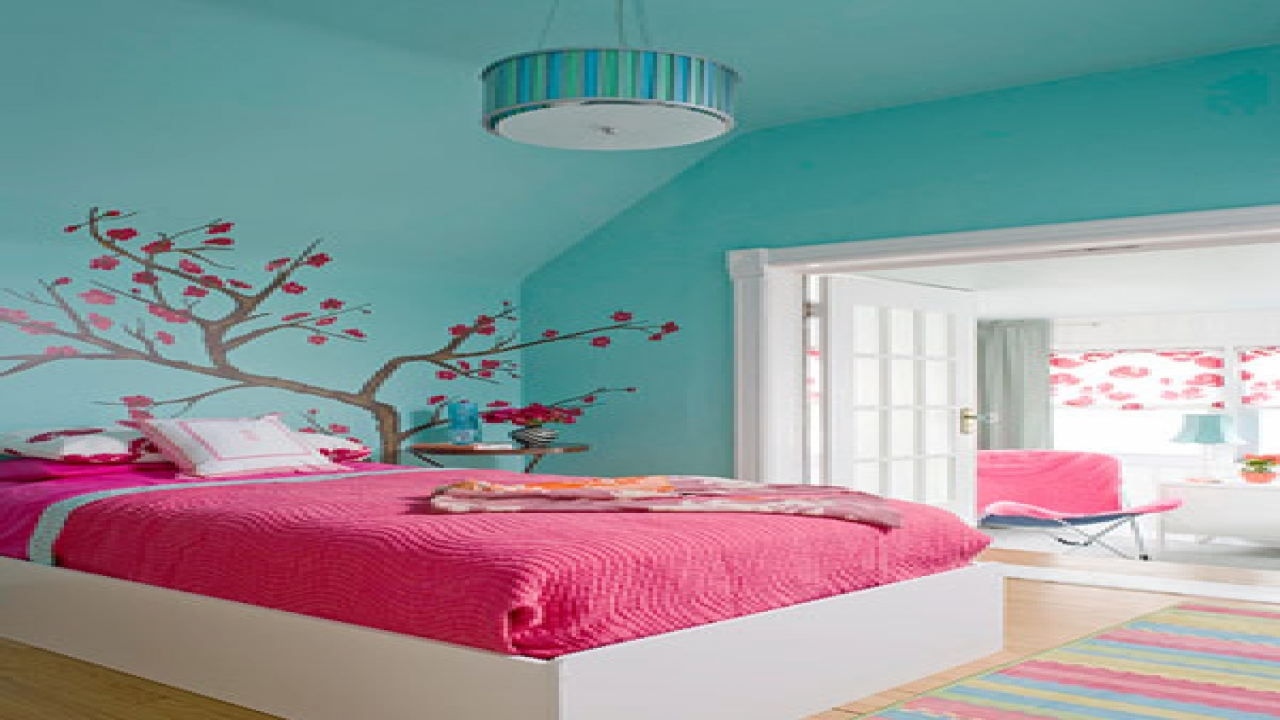 Blue and Pink Bedroom photo - 9