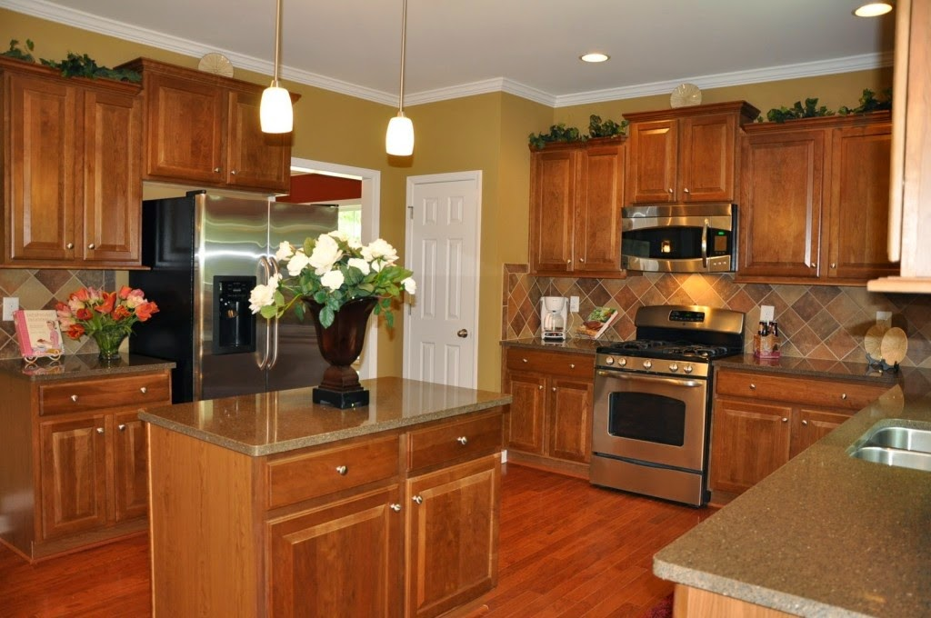 Brown Kitchen Interior Design photo - 1