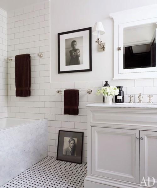 Classic Style Bathroom Design photo - 10