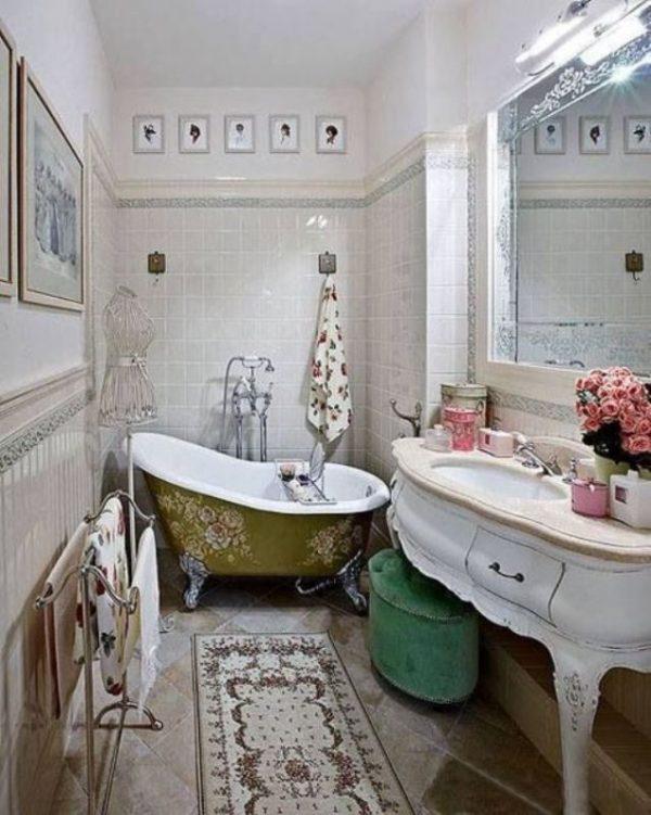 Classic Style Bathroom Design photo - 3
