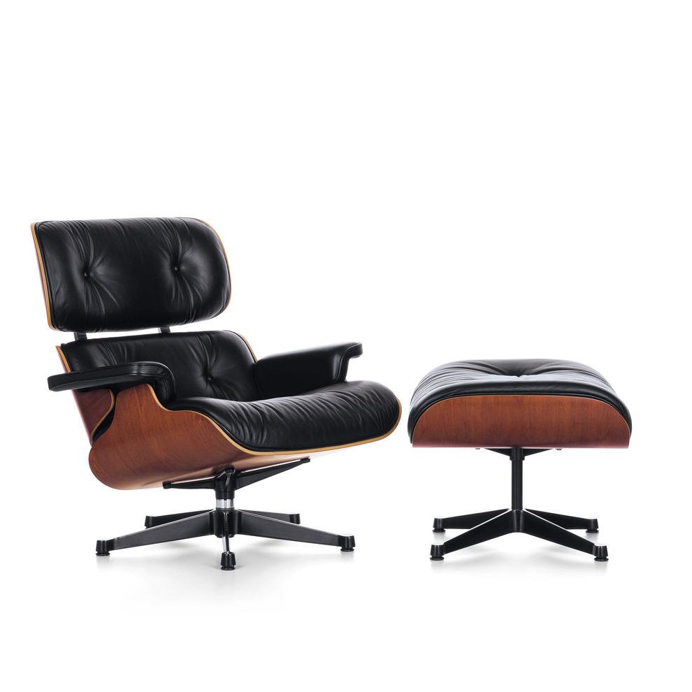Earnes Lounge Chair photo - 1