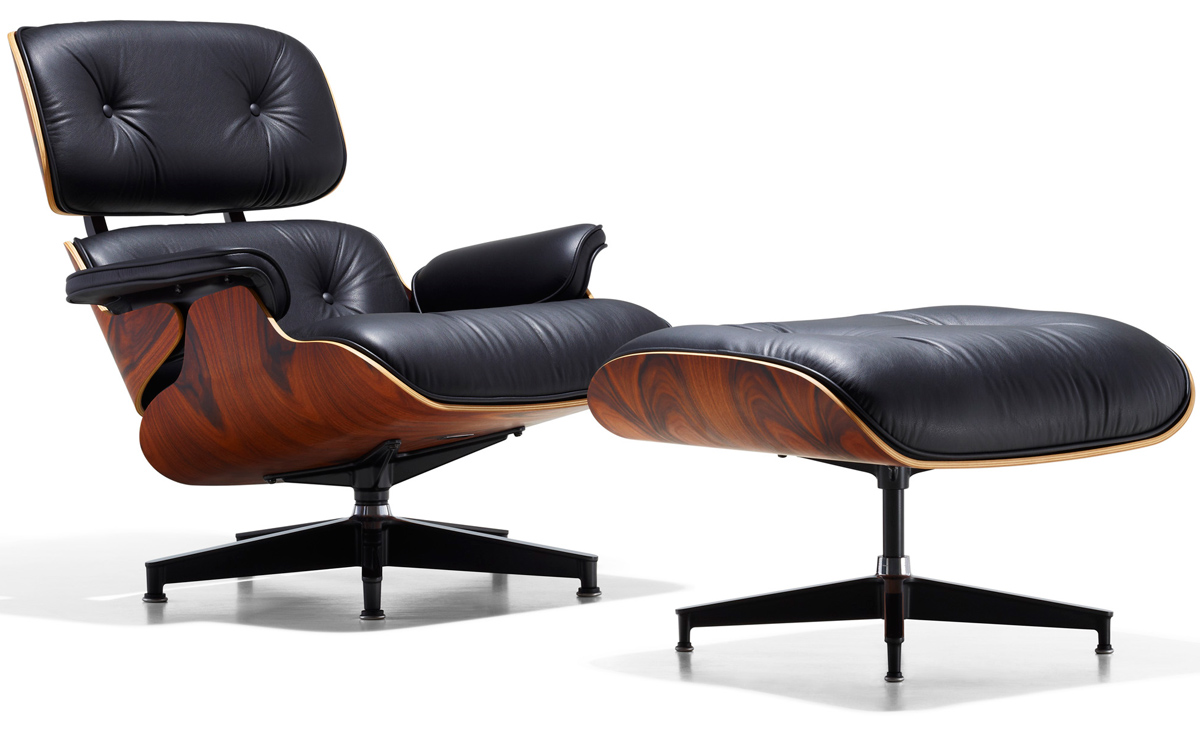 Earnes Lounge Chair photo - 2