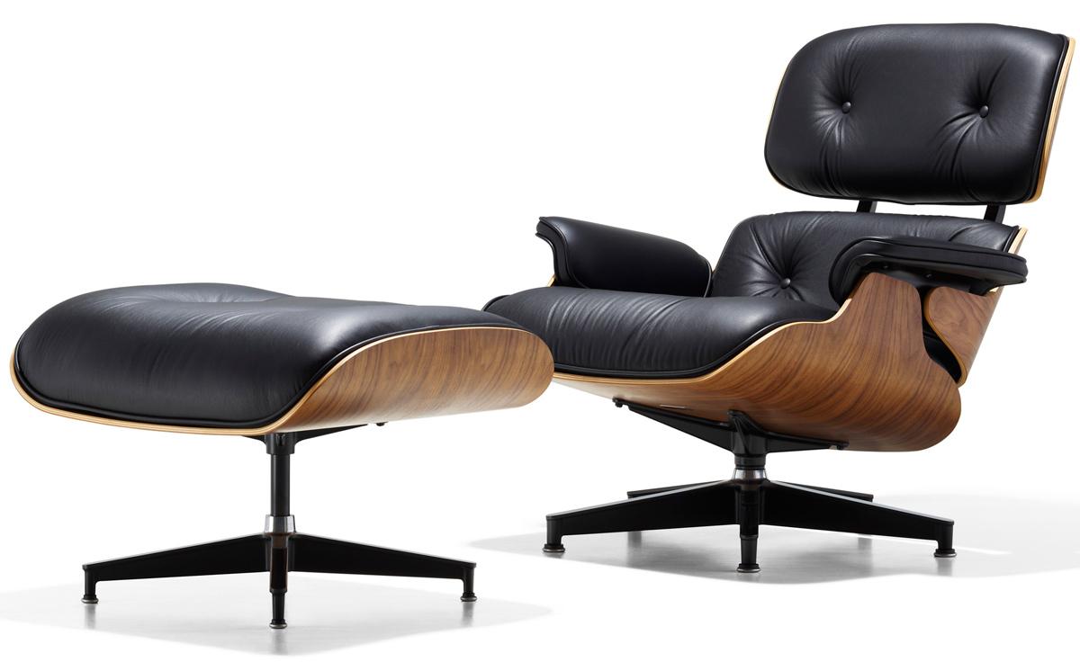 Earnes Lounge Chair photo - 3