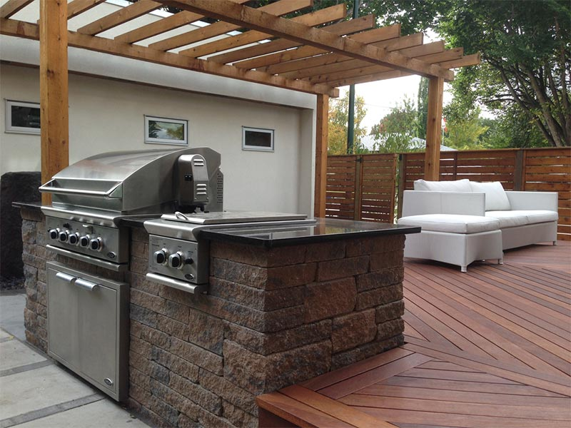 Entertain Like a Pro with an Outdoor Kitchen Island photo - 7