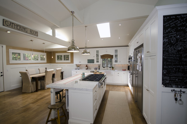French Contemporary Kitchen photo - 5