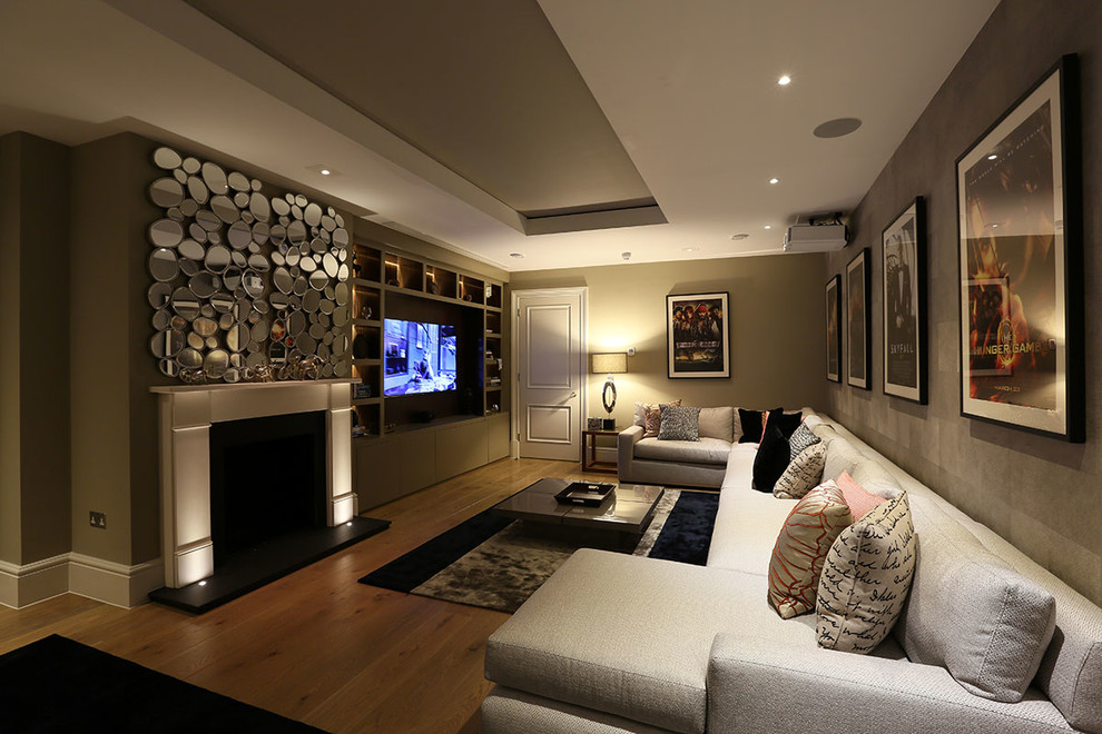Harry Living Room photo - 5