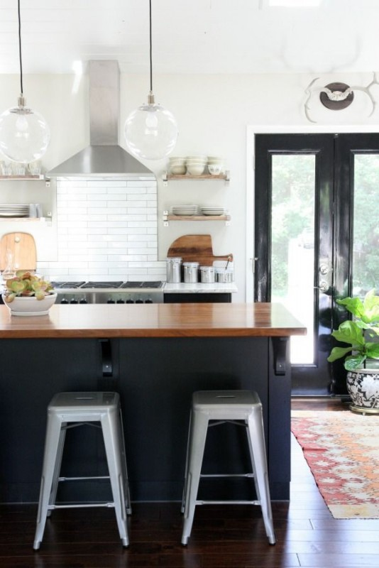 kitchen showrooms ヨ black and white hawk haven