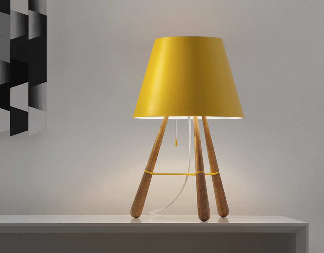 Modern Design Table Lamp photo - 1