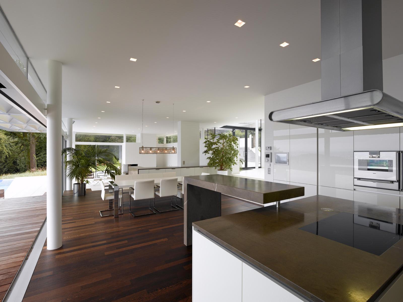 Modern Kitchen Design ヨ Sagaponak Kitchen photo - 2