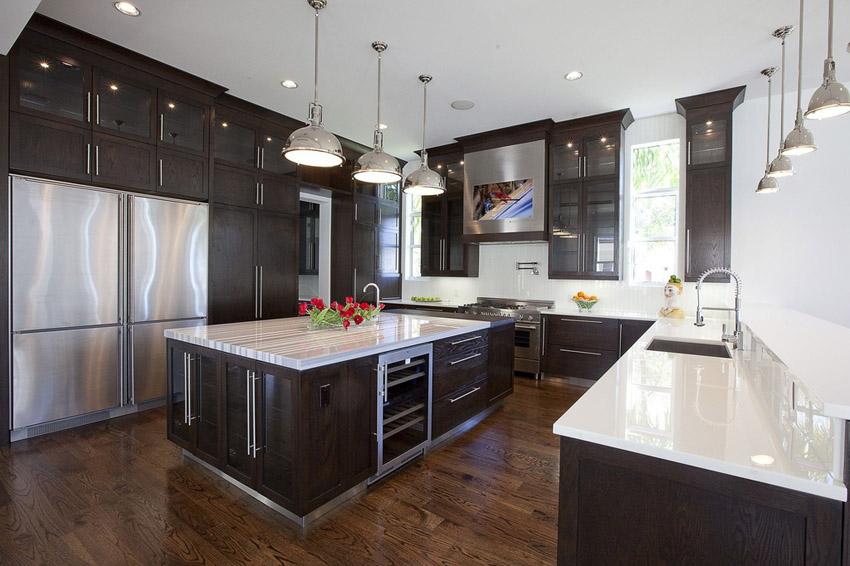 Modern and Luxurious Kitchen Design photo - 2