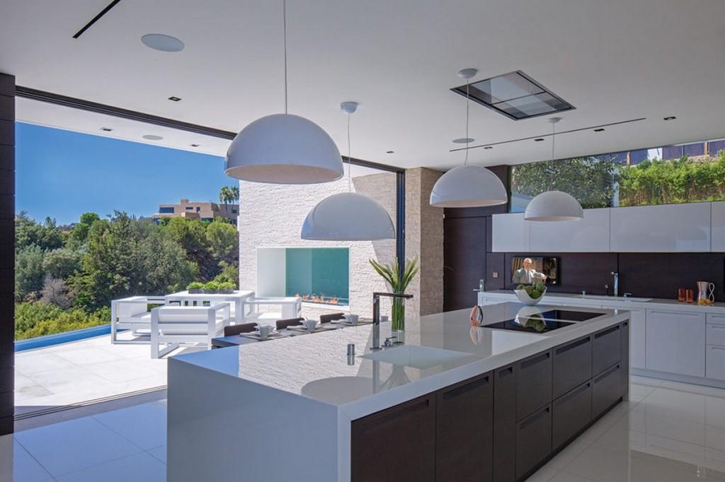 Modern and Luxurious Kitchen Design photo - 5