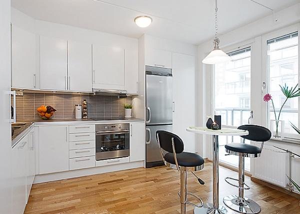 Open-plan kitchen in studio flat photo - 4