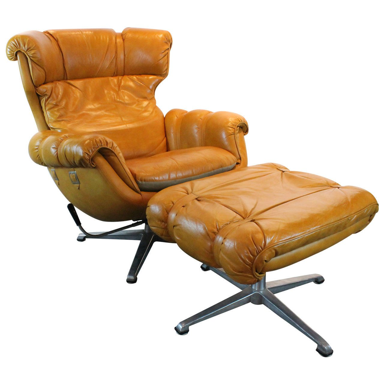 Overman Lounge Chair photo - 5
