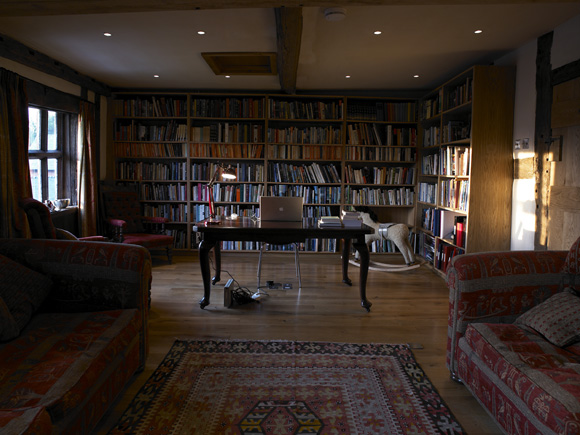 Private Libraries in Renaissance England photo - 4
