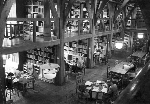 Private Libraries in Renaissance England photo - 7