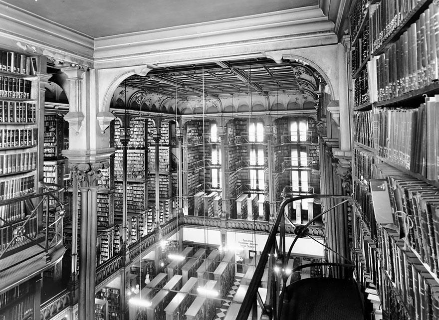 Private Library Cincinnati photo - 10