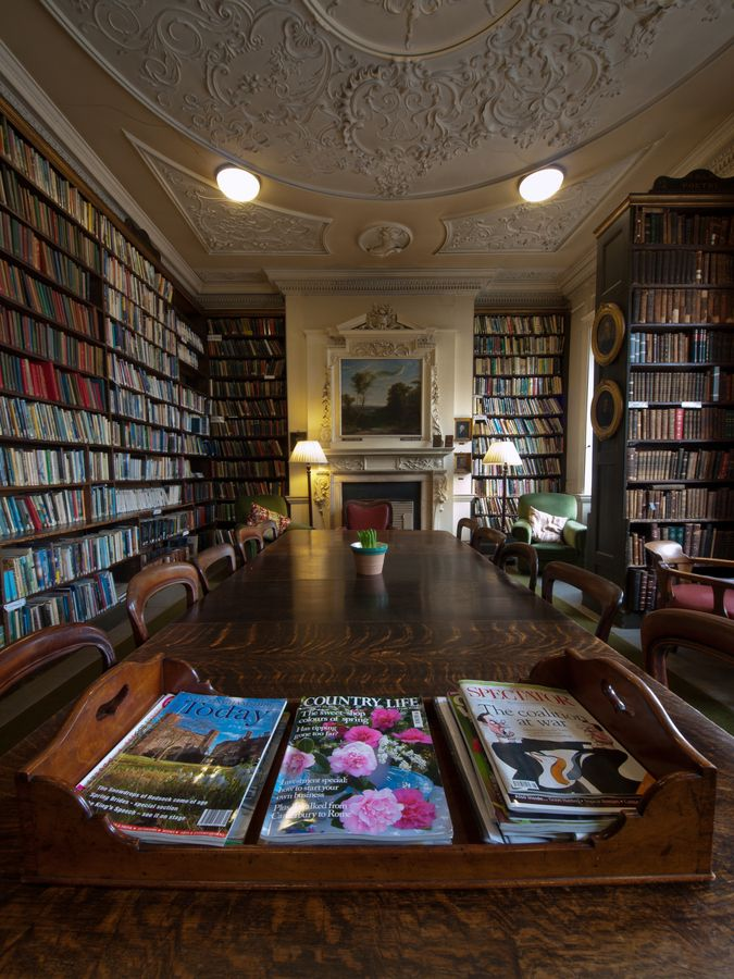 Private Library Nottingham photo - 1