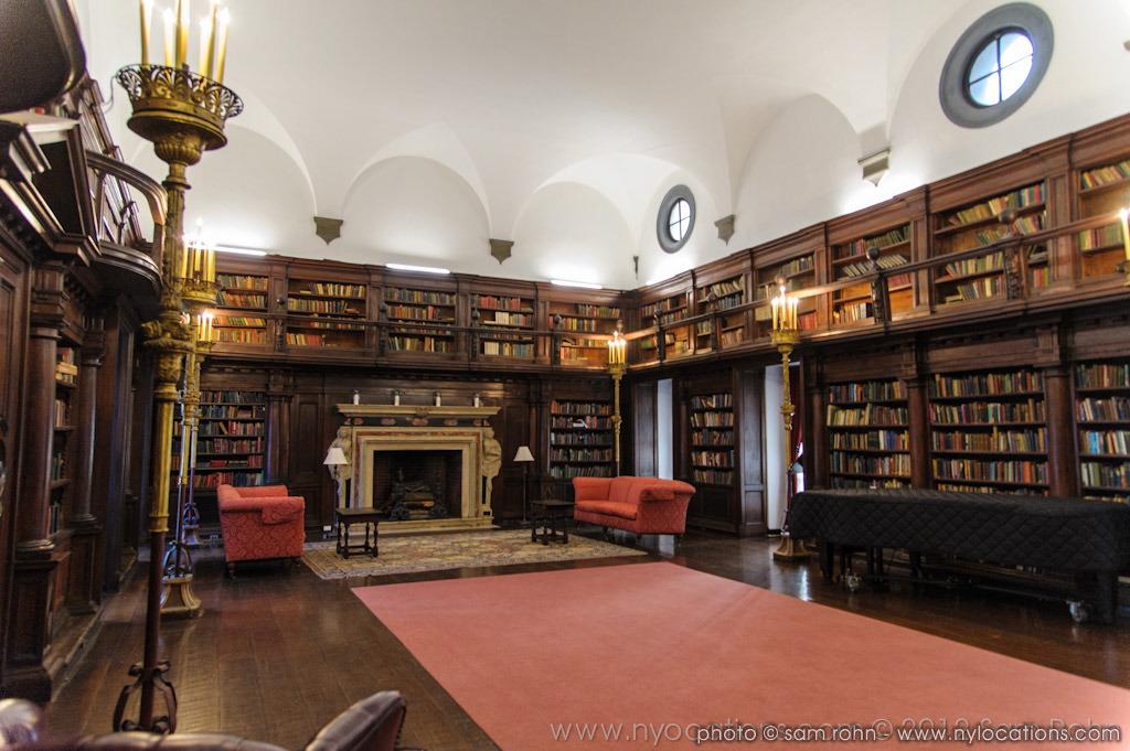 Private Library in Dubai photo - 3