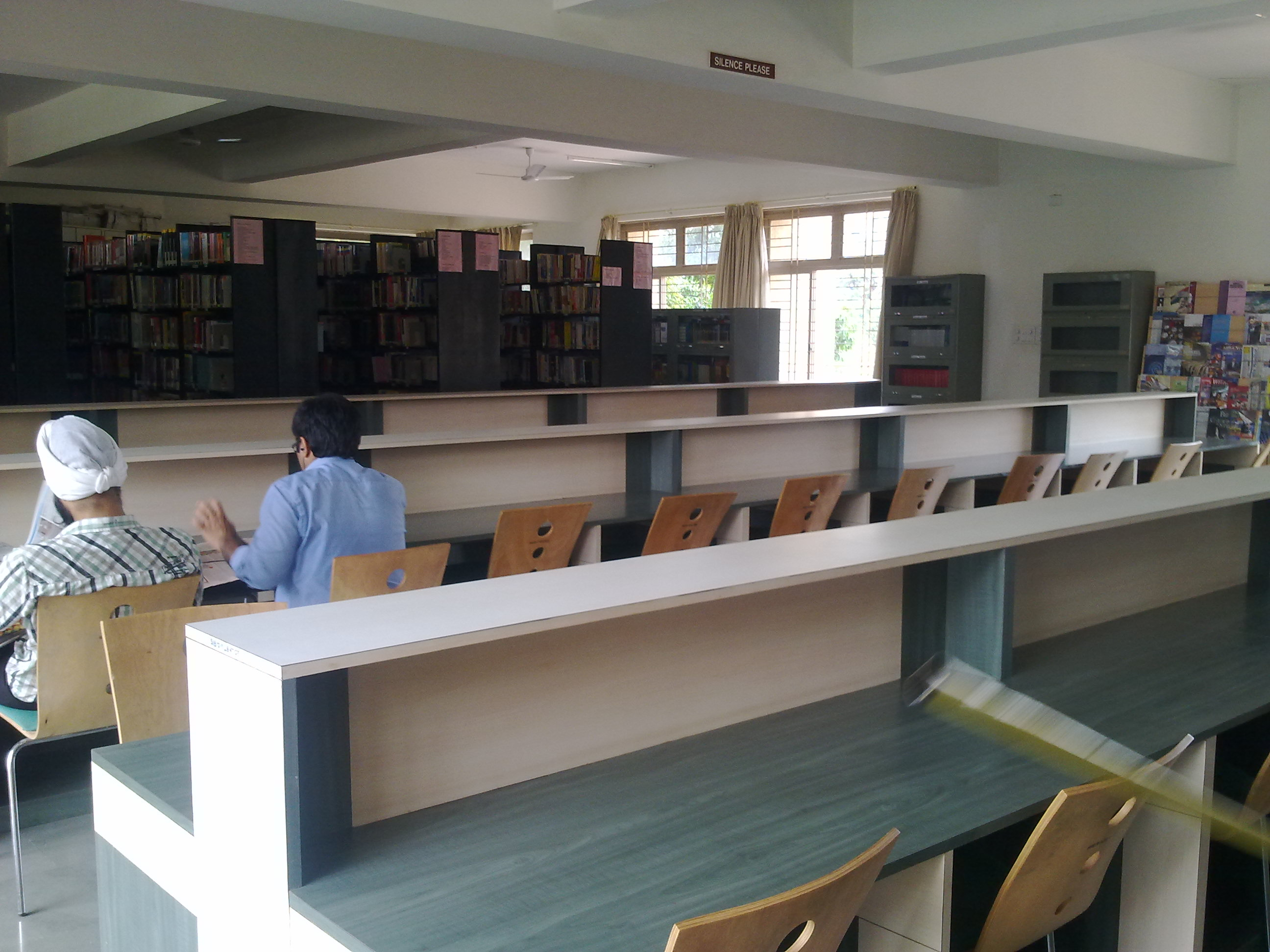 Private Library in Pune photo - 2