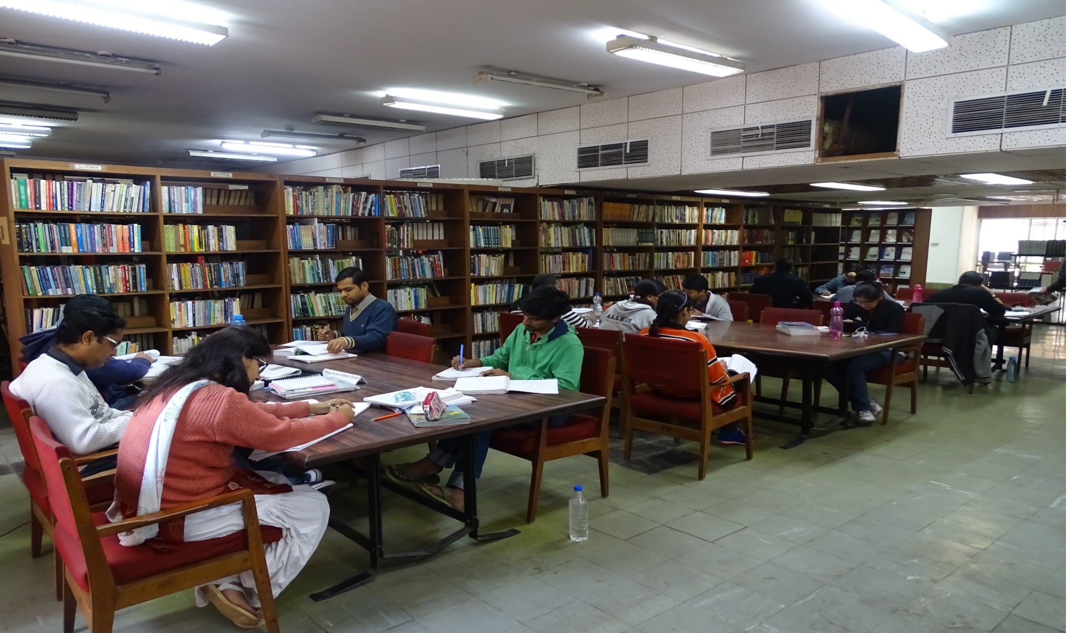 Private Library in South Delhi photo - 5