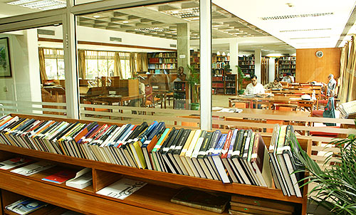 Private Library in South Delhi photo - 6