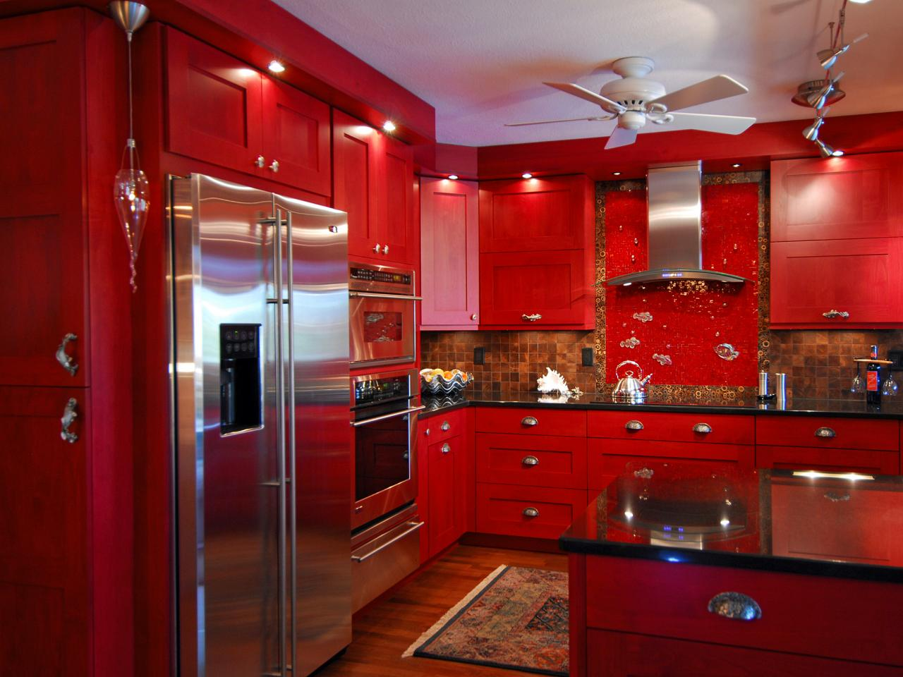Red Kitchen photo - 4
