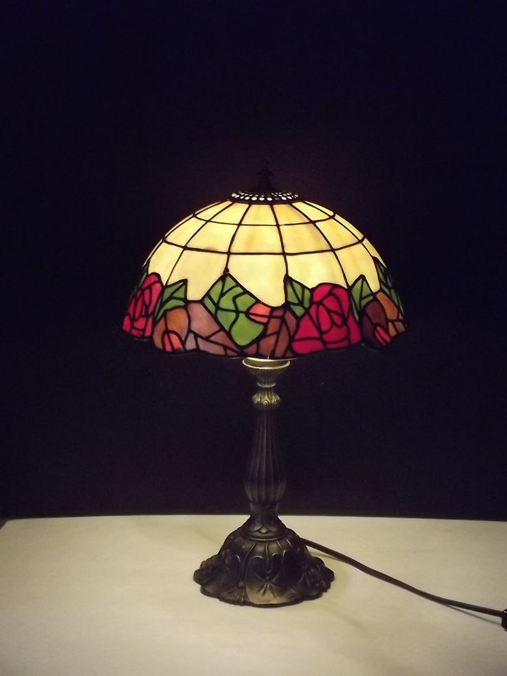 Red Rose Stained Glass Table Lamp Shades photo - 6