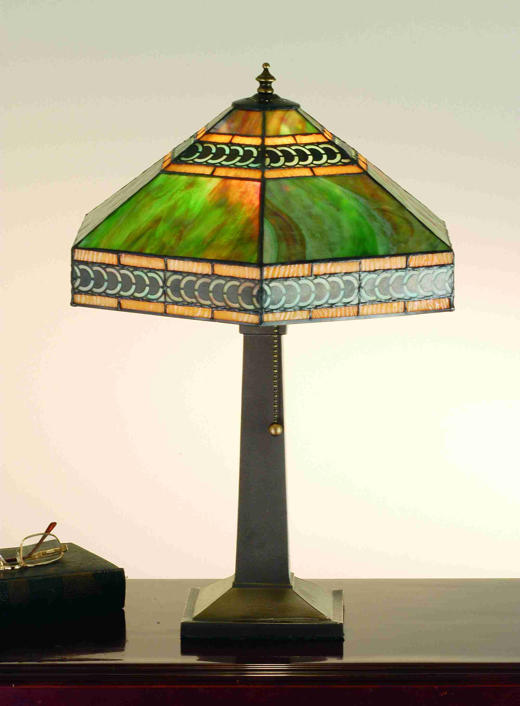 Red Rose Stained Glass Table Lamp Shades photo - 9