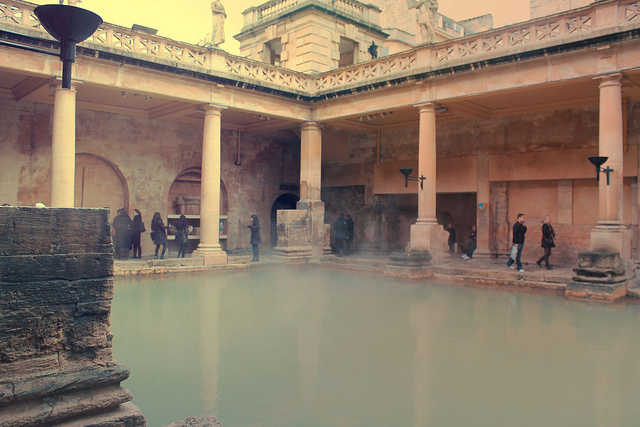 Roman Bath with Candlelight photo - 10