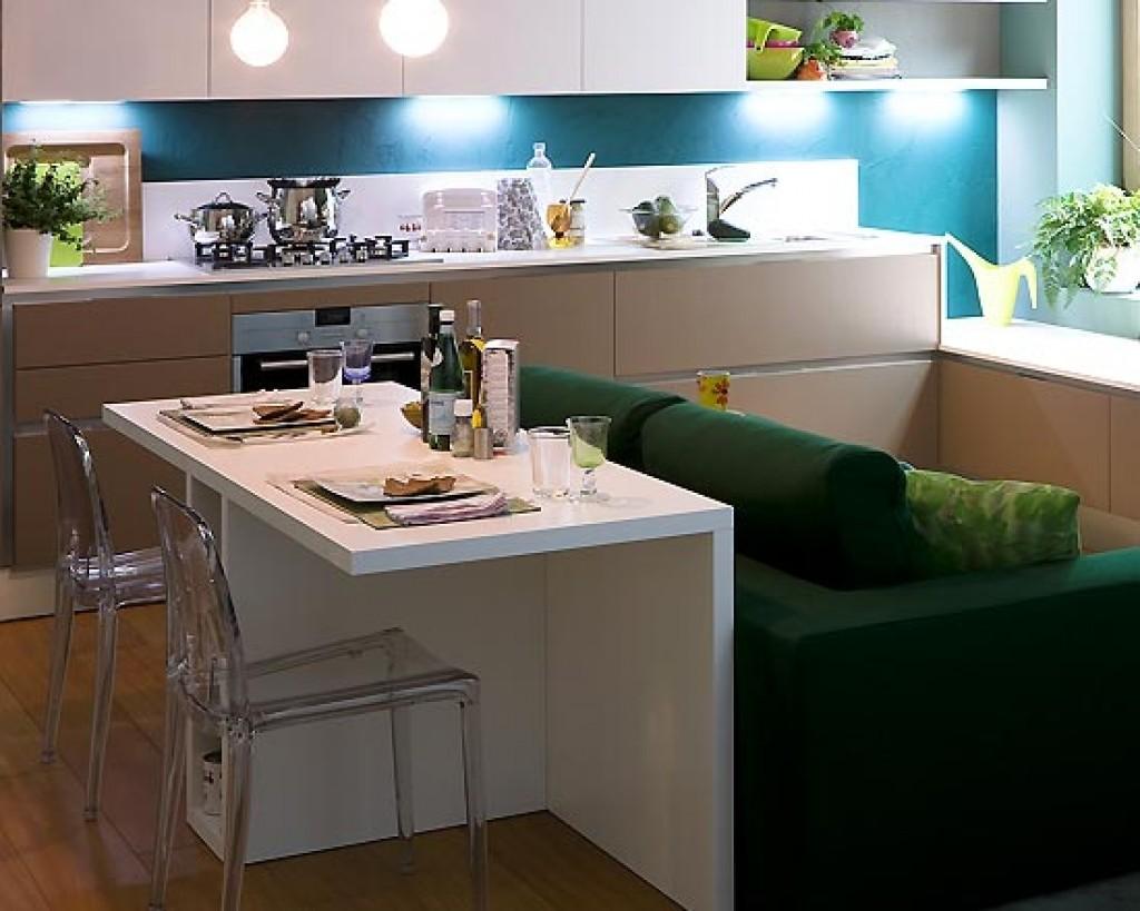 Small Kitchen Interior photo - 7