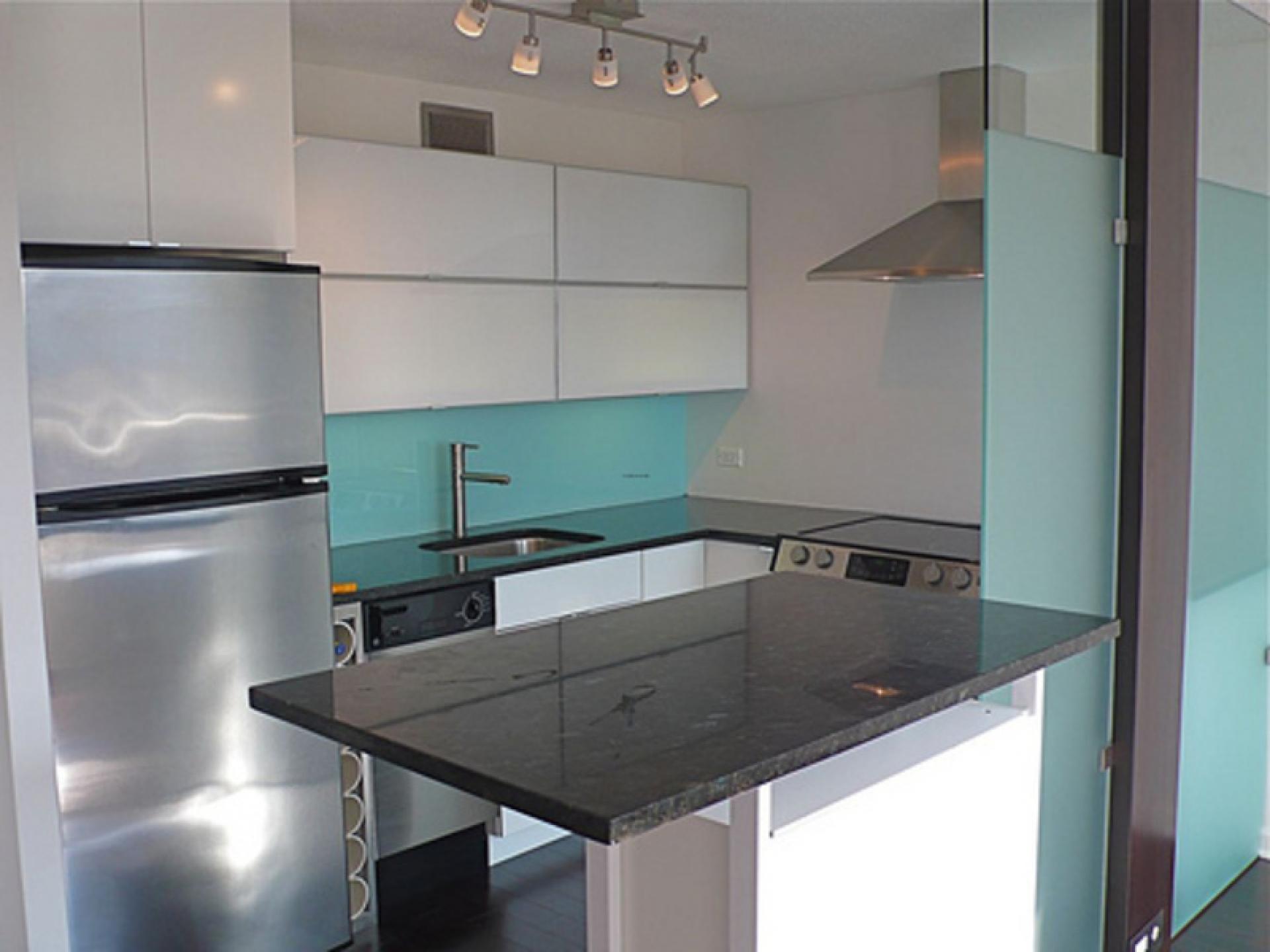 Small Kitchen Interior photo - 9