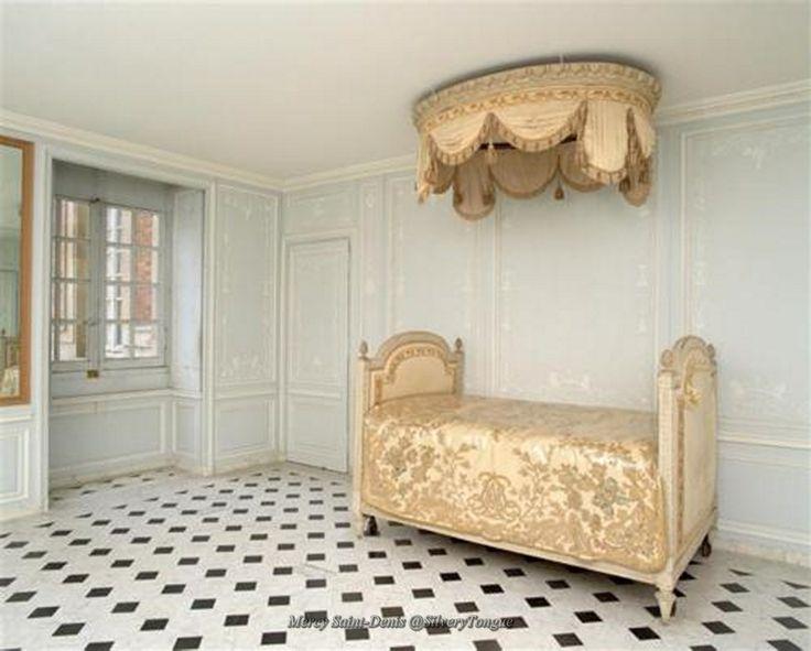 The Bathroom of Marie-Antoinette photo - 5