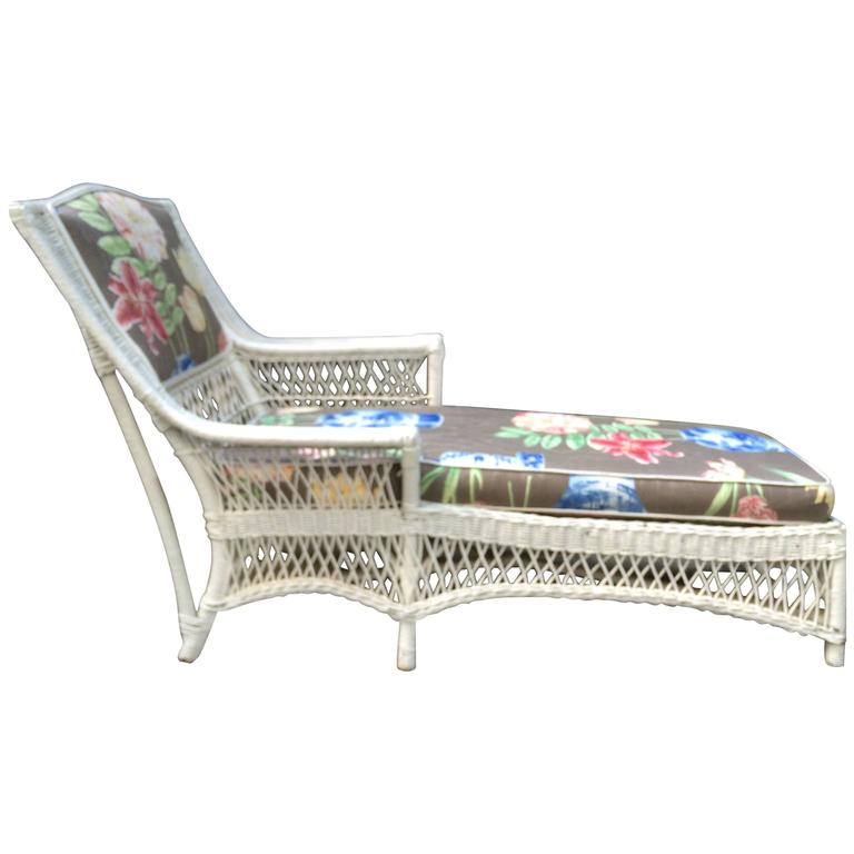 Vintage 1940s Wicker Chaise photo - 2