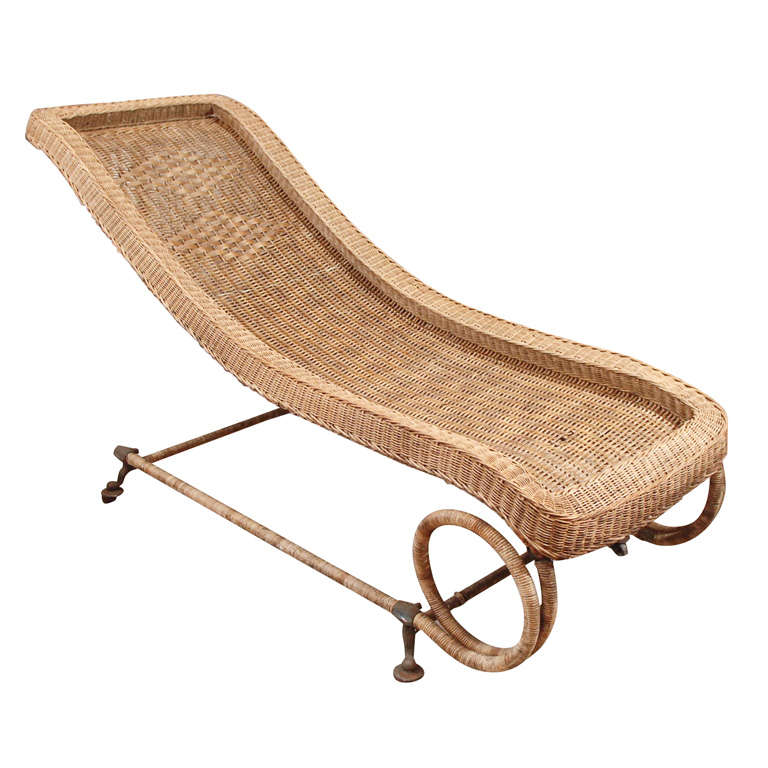 Vintage 1940s Wicker Chaise photo - 3