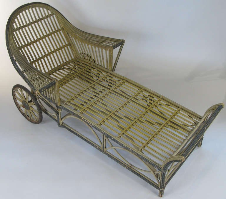 Vintage 1940s Wicker Chaise photo - 5