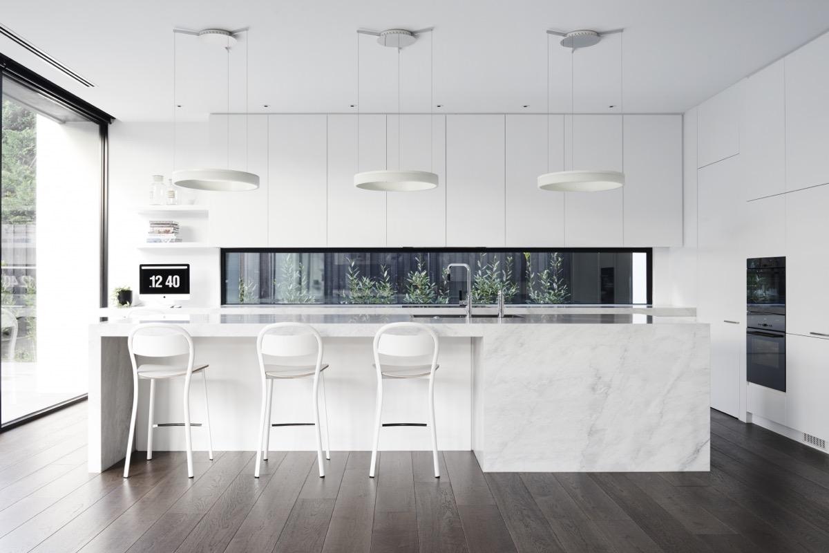 White Modern Kitchen photo - 4
